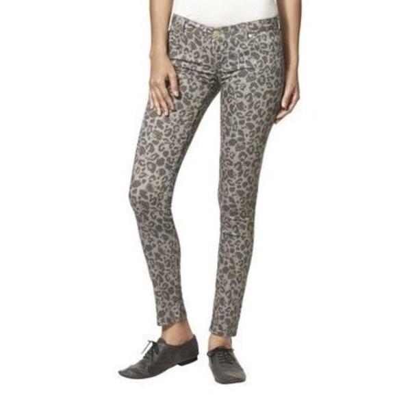 b98255de7 Hello Kitty Denim - Hello Kitty Leopard Print Skinny Jeans